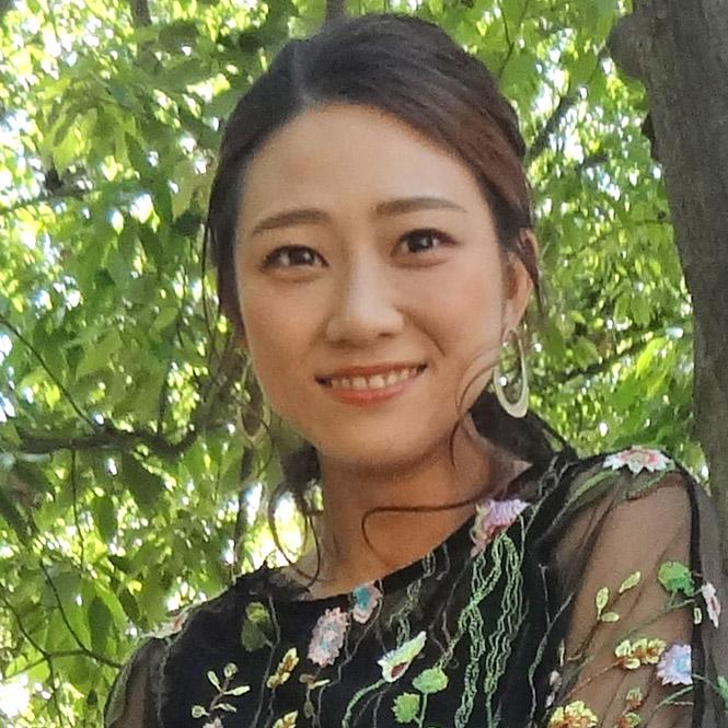 廣坂 京子 (平成27年入社)